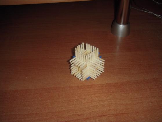 kostka-z-zapalek-11.jpg